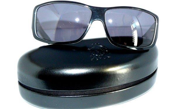 details about gucci sonnenbrille 1621 schwarz weiss original herren. Black Bedroom Furniture Sets. Home Design Ideas